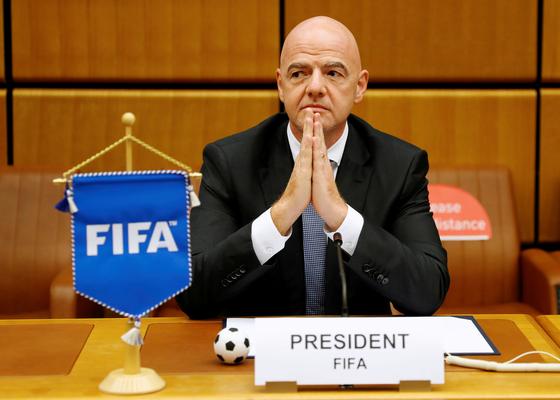 인판티노 FIFA 회장이 28일 코로나19 확진 판정을 받았다. [로이터=연합뉴스]