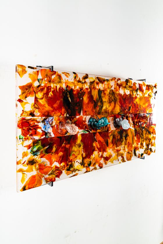 유리 작가 김정석의 '색-공' 개인전. 色-空 2020-1, 120x60x8cm, glass, 2020