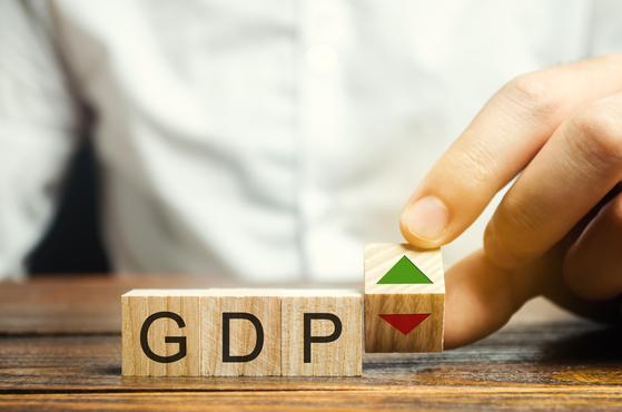 GDP 숫자 뒤엔 여러 함의가 있다. [셔터스톡]
