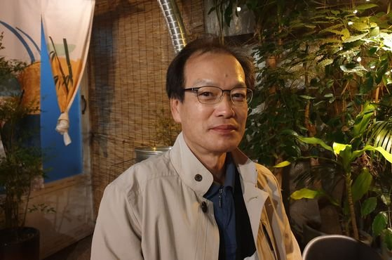 8일 오후 서울 강남구의 한 식당에서 만난 허익범 특별검사. 정진호 기자