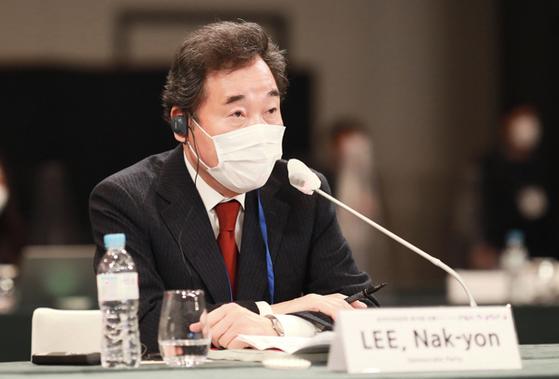 이낙연 더불어민주당 대표가 13일 오전 서울 용산구 그랜드 하얏트 호텔에서 열린 제28차 한일포럼에 참석해 기조연설을 하고 있다. 사진 한일포럼