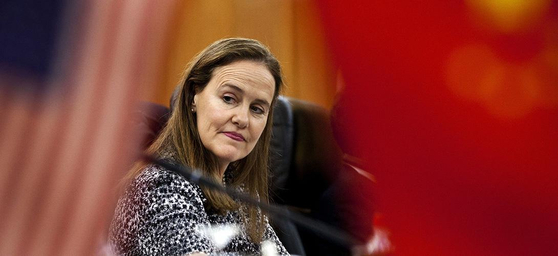 바이든 행정부의 첫 국방장관 후보로 꼽히고 있는 미셸 플러노이 전 국방부 차관. [트위터]