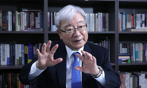 김석동 전 금융위원장. 중앙포토
