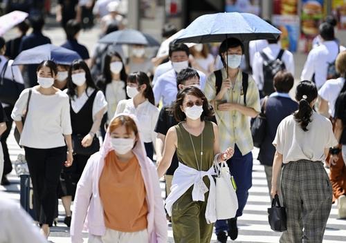 도쿄에서만 하루 감염자 500명…日 병상부족 사태 우려