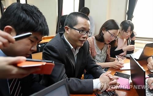 '중국은 북한을 버려야 한다'는 글로 유명해진 덩위원은 북한 관련 국내 세미나에도 여러 차례 초청을 받아 한국을 방문했다. [연합뉴스]