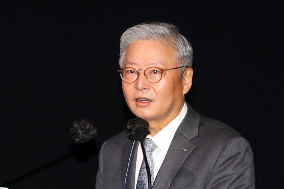 김연수 서울대학교 병원 원장이 'K-방역과 방역산업의 기회'를 주제로 발표하고 있다. 장진영 기자