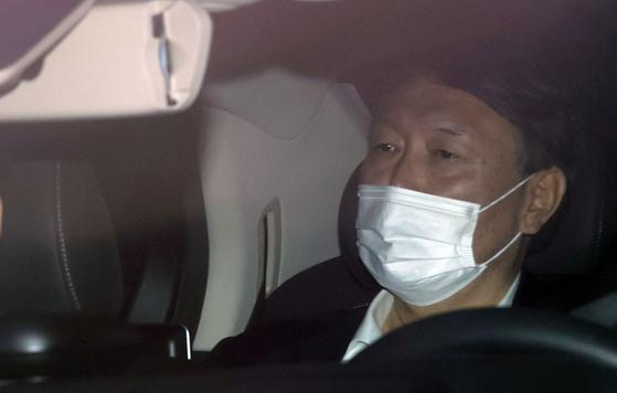 윤석열 검찰총장이 지난 20일 오전 서울 서초구 대검찰청으로 출근하고 있다. [연합뉴스]