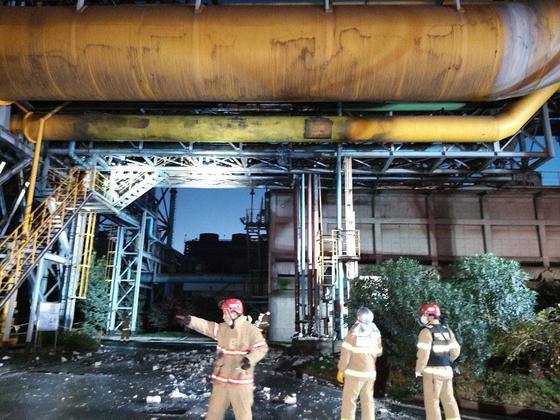 24일 오후 4시 2분께 전남 광양제철소에서 고압가스 누출로 인한 폭발사고가 일어나 소방당국이 사고 원인을 조사하고 있다. 사진 소방청