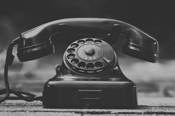 최근 건축과 학생들을 대상으로 한 특강에서 다이얼 전화기를 처음 본다는 학생이 많았다. 그들 대부분 처음 손에 든 전화기가 스마트폰이었으니 그럴 만도 하다. [사진 pxfuel]