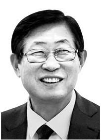 조환익 전남대 석좌교수(전 산업자원부 차관, 전 한국전력공사 사장)
