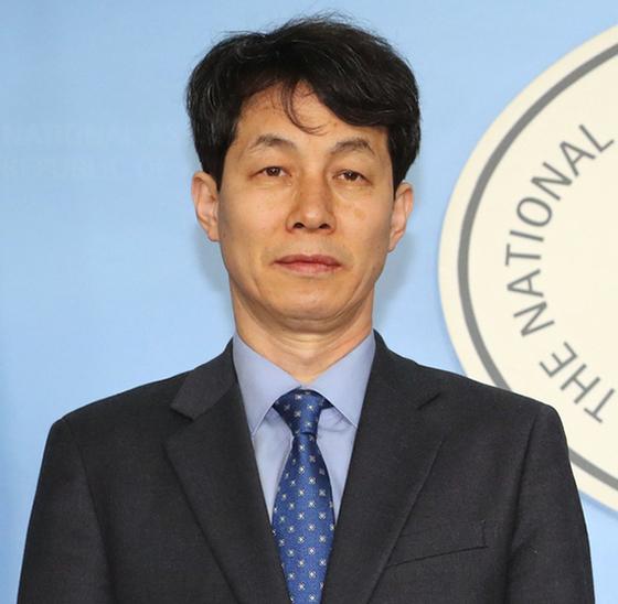 윤건영 더불어민주당 의원. 중앙포토