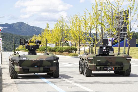 방위사업청의 다목적 무인차량 신속획득 시범사업에서 '가위바위보'로 낙찰 업체가 된 현대로템의 HR-셰르파. 사진 현대로템