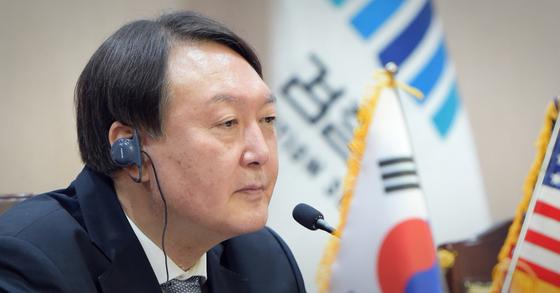 尹 증거로 내민 판사 문건엔...존재감 없음농구실력 유명