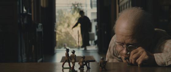 영화 '벤자민 버튼의 시간은 거꾸로 간다'의 장면. [사진제공=일레븐엔터테인먼트]