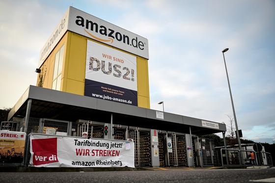 독일 현지 노동조합 베르디는 지난 26일부터 시작된 사흘짜리 파업에 아마존 7개 물류 창고 노동자 2500여 명이 참여했다고 밝혔다. EPA=연합뉴스