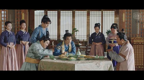 중국 OTT 아이치이에서 제작한 드라마 '소주차만행'의 한 장면. 아이치이 홈페이지 캡처=연합뉴스