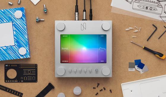 구글의 예술창작 학습 AI프로젝트 '마젠타'의 일환으로 추진한 AI기반 신디사이저 '엔신스 슈퍼'. 마젠타 홈페이지