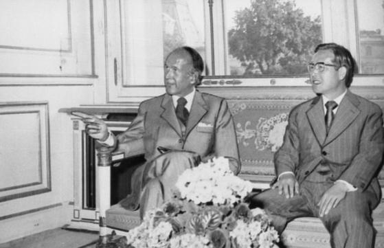 1973년 5월 하순 김종필 당시 국무총리와 핵재처리 시설 도입 및 북한의 유럽경제공동체(EEC) 승인 거부 문제를 놓고 비밀 협상을 벌인 지스카르 데스탱 프랑스 당시 재무장관. 이듬해 대통령이 된 데스탱은 김 총리와 1926년생 동갑으로 뜻이 서로 맞았다. 그는 지난 2일 94세로 별세했다. [중앙포토]