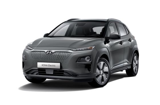 현대자동차가 화재와 브레이크 이상 가능성으로 리콜에 나선 코나 일렉트릭을 한국 시장에서 판매하지 않기로 했다. 내년 출시하는 E-GMP 기반 신차들이 새 전기차 라인업을 구성한다. 사진 현대자동차