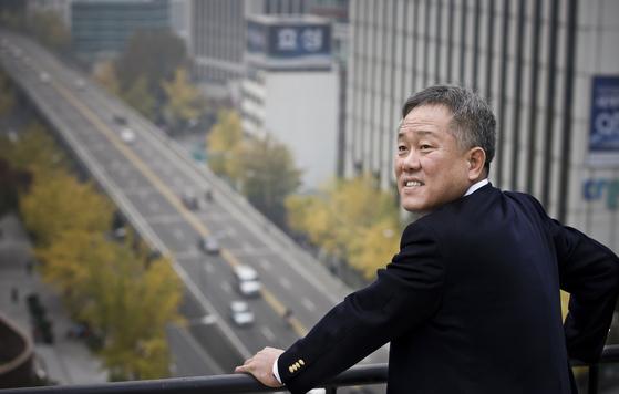한국 전문야구인 육성협동조합 총괄 단장을 맡은 양승호 전 롯데 감독. 중앙 포토