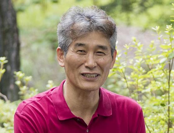 강준만 교수