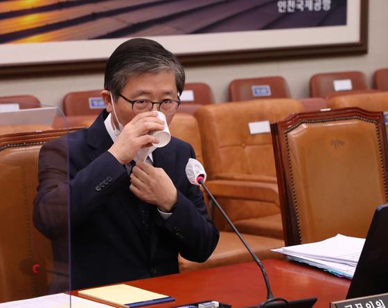 변창흠 국토교통부 장관 후보자. 23일 열린 인사청문회에서의 모습. 오종택 기자
