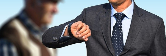 퇴직연금제도를 도입한 기업 담당자 4000명을 조사한 결과 퇴직연금사업자를 선정한 이유는 '대출 등 금융기관과의 기존 거래관계'가 80.4%로 가장 많은 것으로 나타났다. [사진 pixabay]
