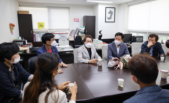 서울교육청-전교조 5년만에 단체협약…中 석차백분율 폐지