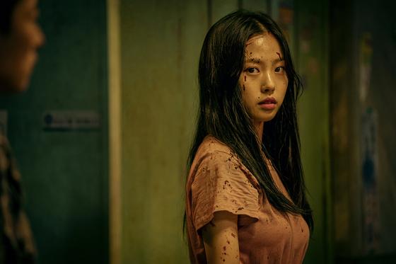스위트홈' 씹어먹은 여고생 고민시…'마녀'보다 13㎏ 뺐죠 > 채널 | 밴쿠버 중앙일보