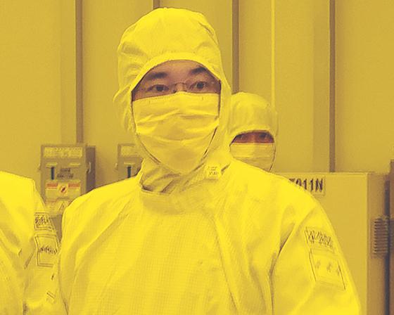 이재용 삼성전자 부회장은 4일 평택 2공장을 찾아 새해 첫 업무를 시작했다.