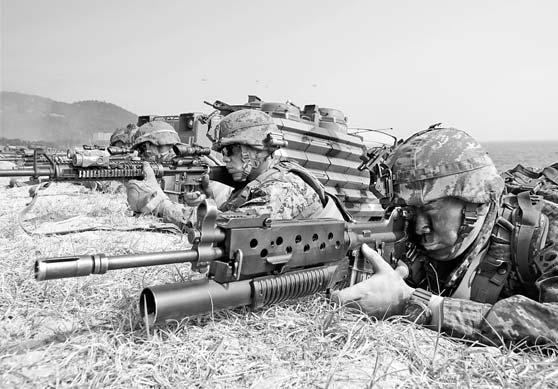 조 바이든 시대 한·미 연합훈련은 동맹 복원을 선언하고 북한 도발을 막으며 비핵화 메시지를 전달할 수 있다. [연합뉴스·중앙포토]