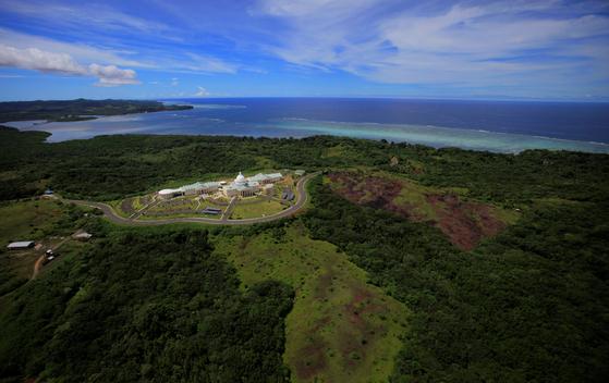 태평양의 작은 섬나라 팔라우. 코로나 확진자와 사망자가 단 한 명도 발생하지 않았지만, 지난 3일부터 코로나 백신 접종에 들어갔다. [AP=연합뉴스]