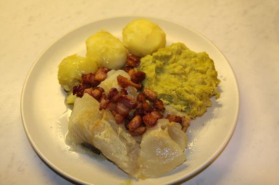 노르웨이에서는 성탄절에 즐겨 먹는 생선요리 루테피스크(lutefisk). [사진 Jarle Vines in wikimedia commons]