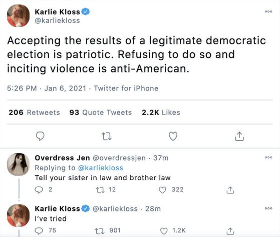 칼리 클로스는 트위터에 '합법적인 민주 선거 결과를 받아들이는 게 애국적인(patriotic) 것'이라며 미 의회 점거 사태를 비판했다. 이방카가 시위대를 '애국자'로 칭한 것을 반박한 것으로 보인다. 이 글에 한 트위터 이용자가 '형님과 시아주버니에게도 말해주라'고 하자 클로스는 '노력했다'고 답했다.[칼리 클로스 트위터]