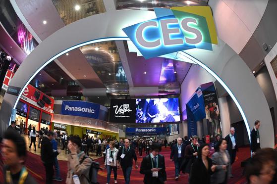 2020년 1월 10일 미국 라스베이거스 컨벤션 센터에서 열린 소비자 가전쇼(CES) 2020 현장 모습. AFP=연합뉴스