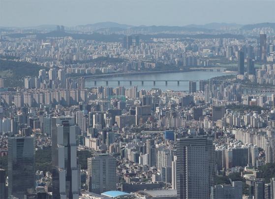 서울 도심에 밀집한 아파트단지 전경 / 사진:연합뉴스