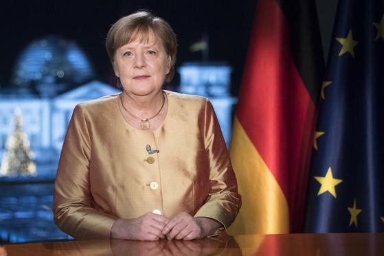 앙겔라 메르켈 독일 총리가 지난해 31일(현지시간) 마지막 신년사를 하고 있다. 로이터=연합뉴스