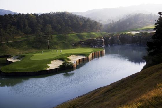 지난해 홀당 95억원에 팔려 주인이 바뀐 사우스 스프링스 골프장. [사진 사우스 스프링스]