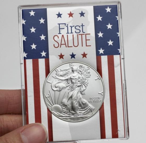미국에서 판매하는 1달러 은화 [사진 silvertowne.com]
