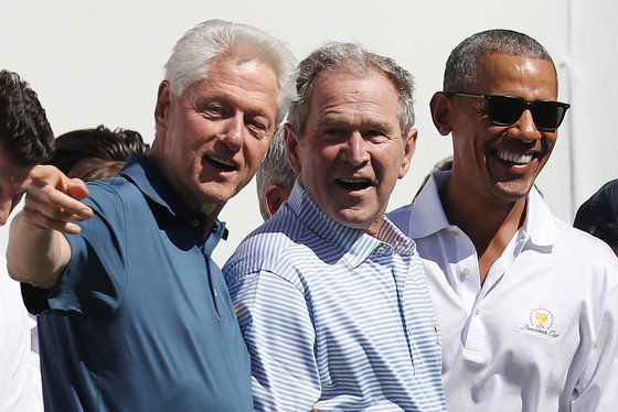 왼쪽부터 빌 클린턴. 조지 부시, 버락 오바마 전 대통령. [EPA=연합뉴스]