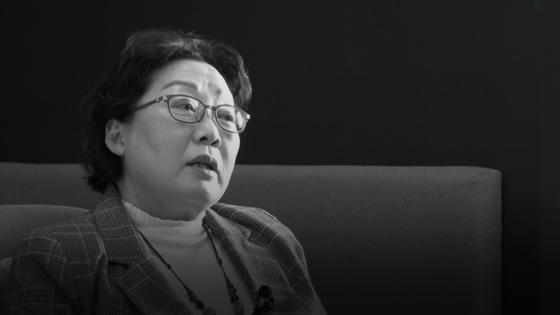 지난 14일 '페미니즘은 어떻게 괴물이 되었나' 공저자 오세라비(62) 작가가 중앙일보와 인터뷰하고 있다. 김지선PD