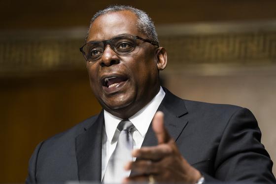 美 첫 흑인 국방장관 탄생…상원, 로이드 오스틴 인준