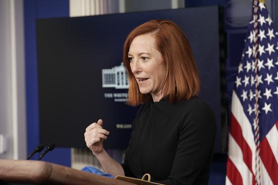 미국 백악관 젠 사키 대변인이 22일(현지시간) 언론 브리핑을 하고 있다. [EPA=연합뉴스]