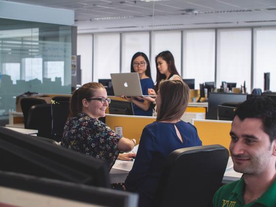 면접장 밖에서 구직자의 품성을 알아보기 위한 가장 손쉬운 방법은 사무실을 구경시켜 주는 것이다. [사진 unsplash]