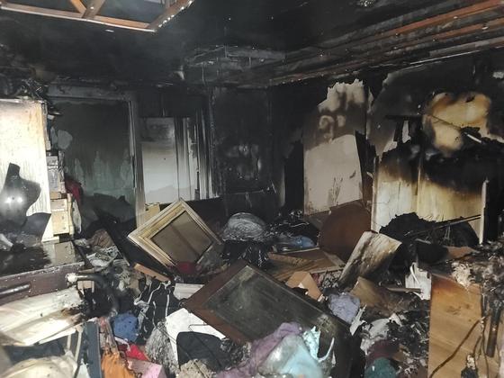 부산 아파트 화재. 불이 난 세대의 모습. 연합뉴스