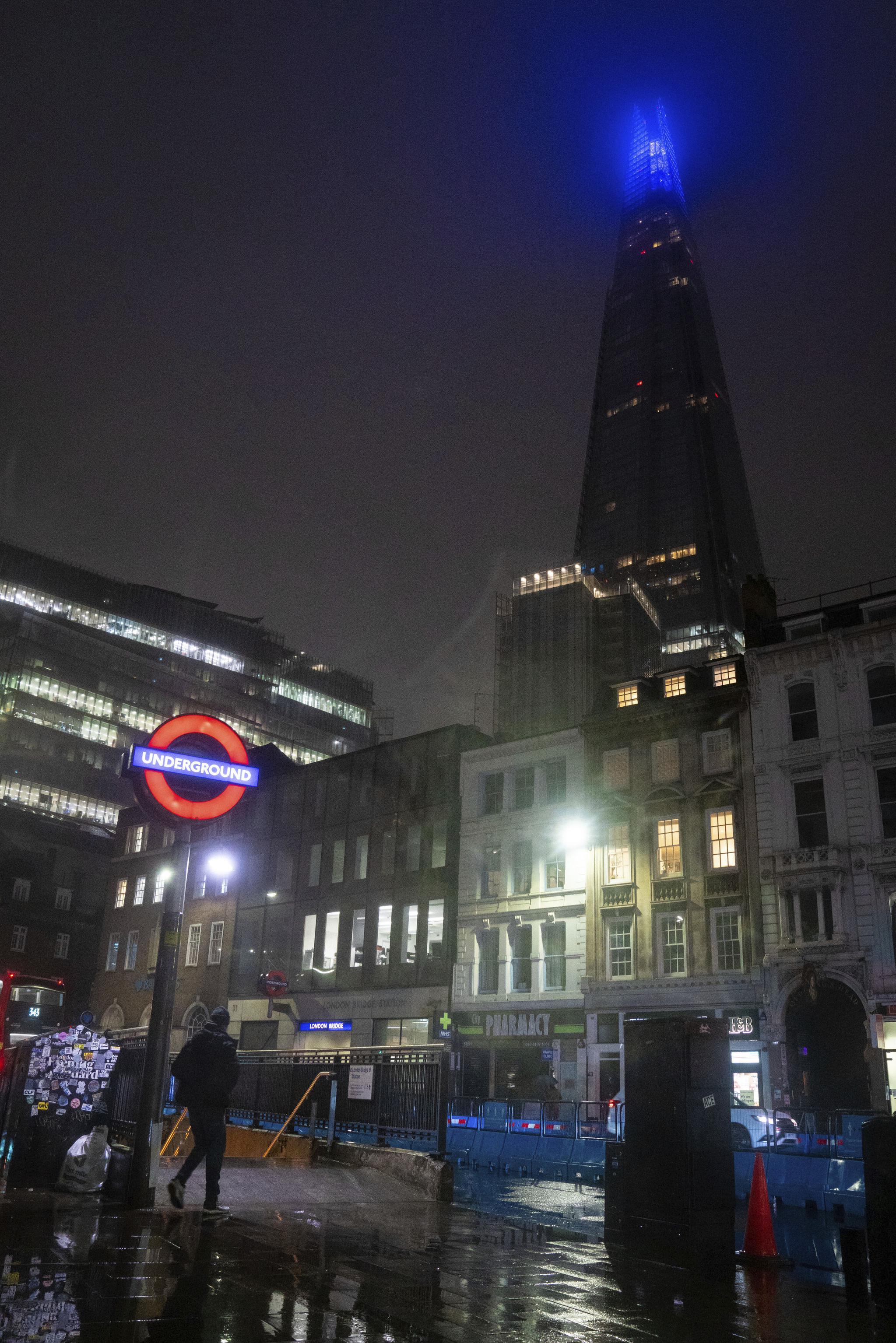 26일(현지시간) 영국 런던 중심부에 있는 런던브리지 근처의 조용한 거리들. AP=연합뉴스