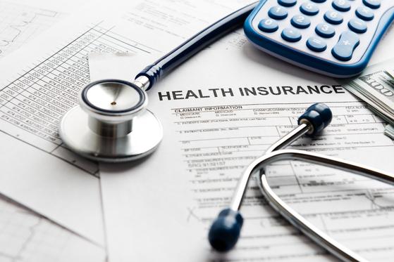 생명보험협회 등 보험업계가 정부에 건강보험 등이 보유한 의료데이터 사용을 요구하기로 했다. 셔터스톡