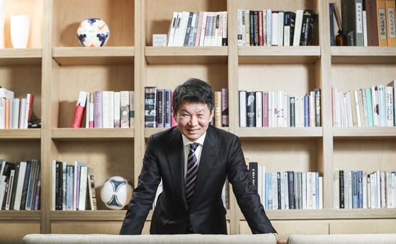 정몽규 축구협회장은 한국 축구의 도움이 된다면 파격 발탁을 이어갈 계획이다. 김경록 기자
