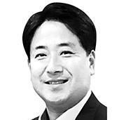 이지문 한국청렴운동본부 이사장·정치학 박사