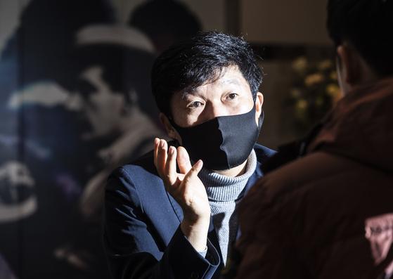 박용학 ABC협회 전 사무국장. 이성준 회장의 불공정 개입을 주장했다. 권혁재 사진전문기자